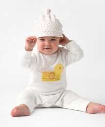 Duck baby grow and red kisses knot hat by From Babies with Love