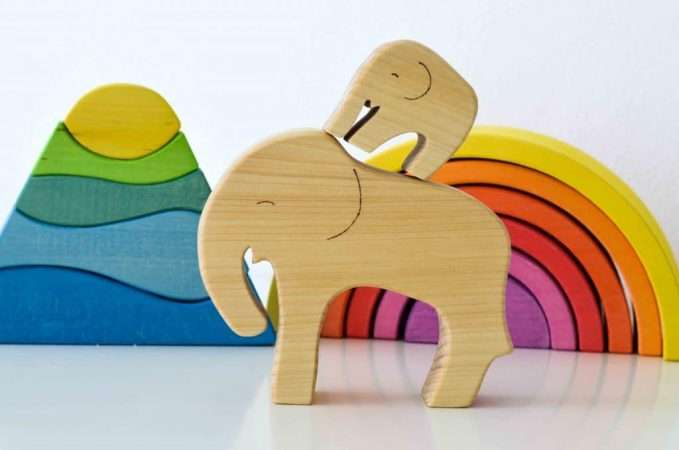 Ocamora Wooden Elephant with Baby