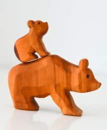 Großer Bär und kleiner Bär (sitzend) von Predan