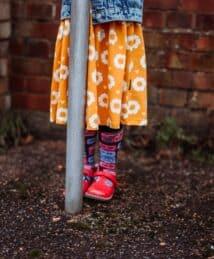 Long-Sleeve Twirly Dress 70s Flower & Boomblaster Socks