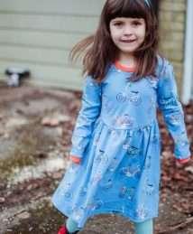 Long-sleeve Twirly Dress Bike Like a Swede