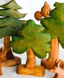 Predan Small Leafy Tree & Forest Scene