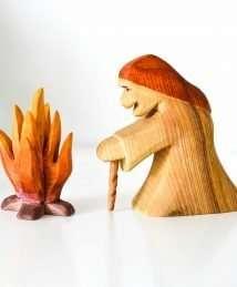 Predan campfire & witch (standing)