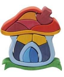 Glueckskaefer Wooden Mushroom House (1)
